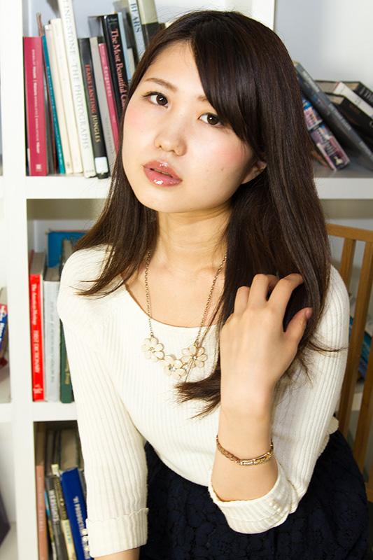 Emi_Y_007